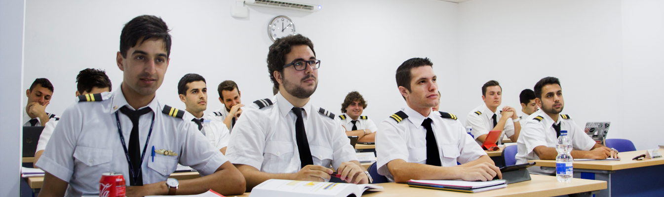 2FlyGroup_Pilot_Training1
